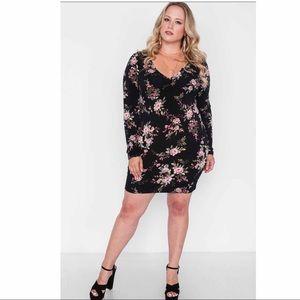 Dresses & Skirts - FLORAL V-NECK LONG SLEEVE DRESS
